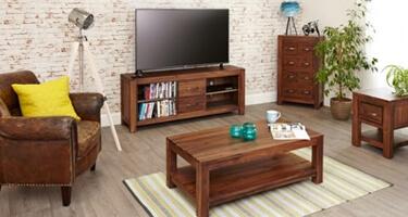 Baumhaus Mayan Walnut Living Room
