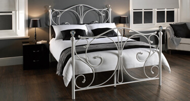 Sareer Metal Beds