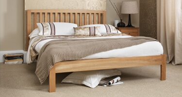 Serene Furnishings Oak Bedsteads