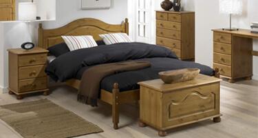 Steens Richmond Pine Bedroom