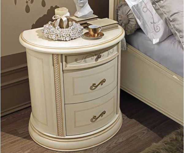 Camel Group Siena Ivory Finish 3 Drawer Night Table