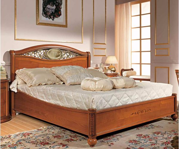 Camel Group Siena Cherry Finish Ferro Bed Frame