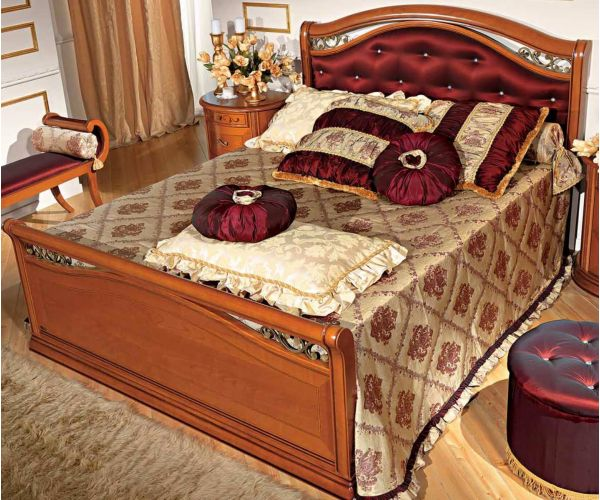Camel Group Siena Cherry Finish Taffetas Bed Frame