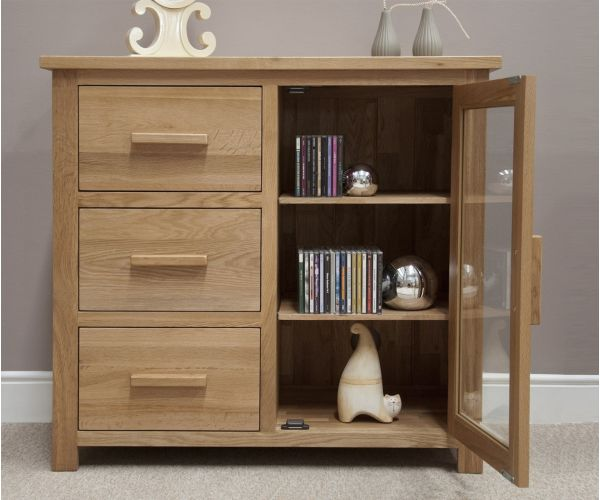 Homestyle GB Opus Oak Small Glazed Chest